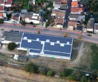 Neue PV-Projekte in Betrieb genommen - Zwei Sporthallen werden zu Bürgersolaranlagen